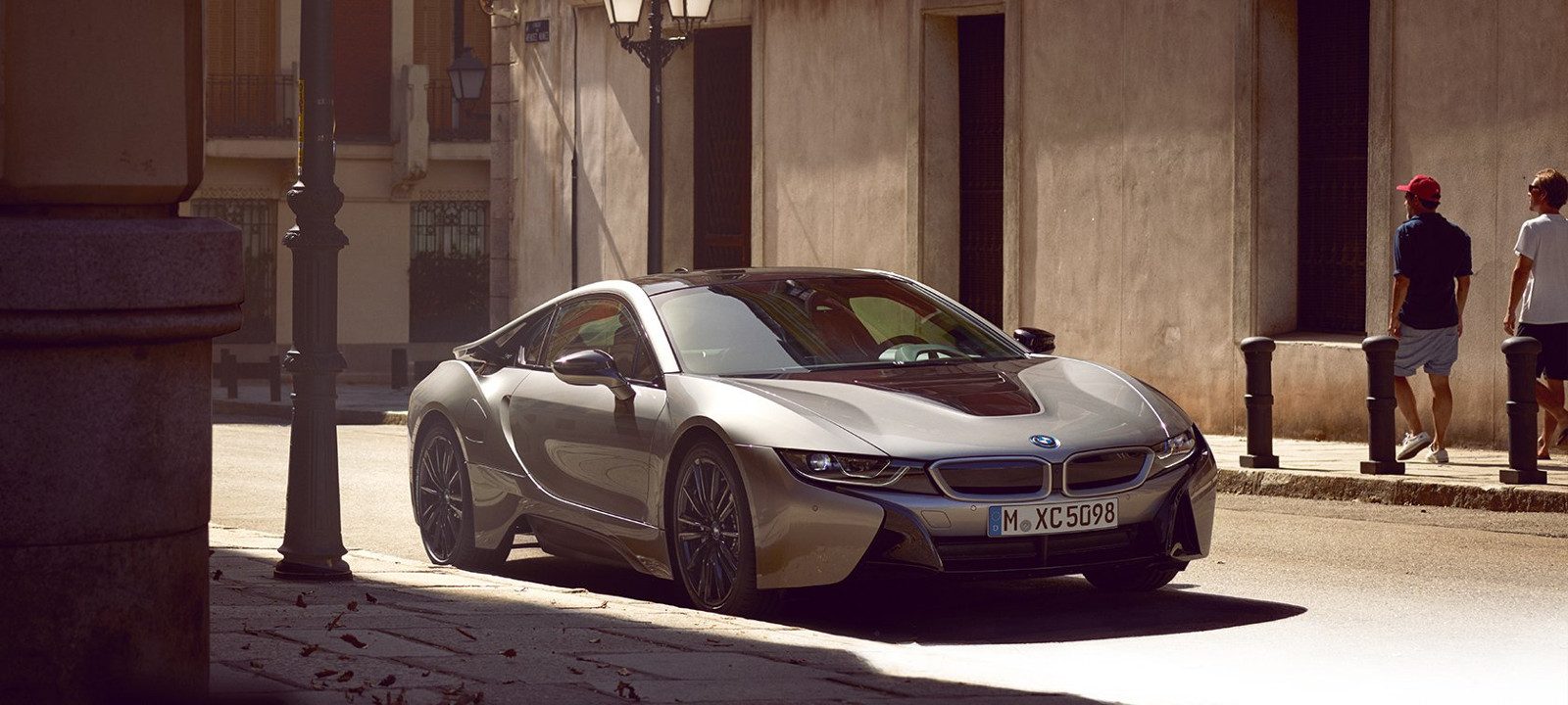 Bmw i8 color plata