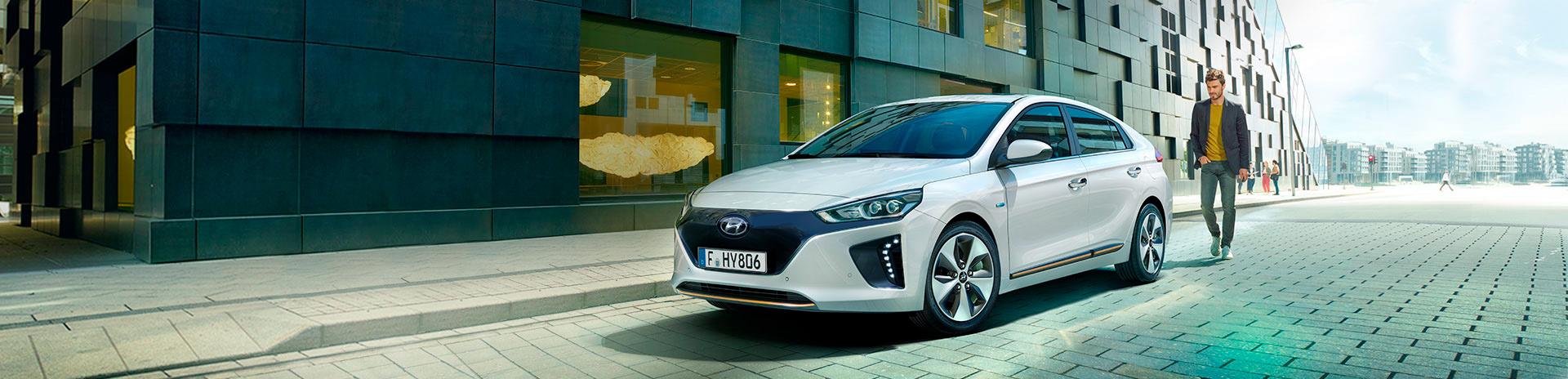 Hyundai Ioniq blanco