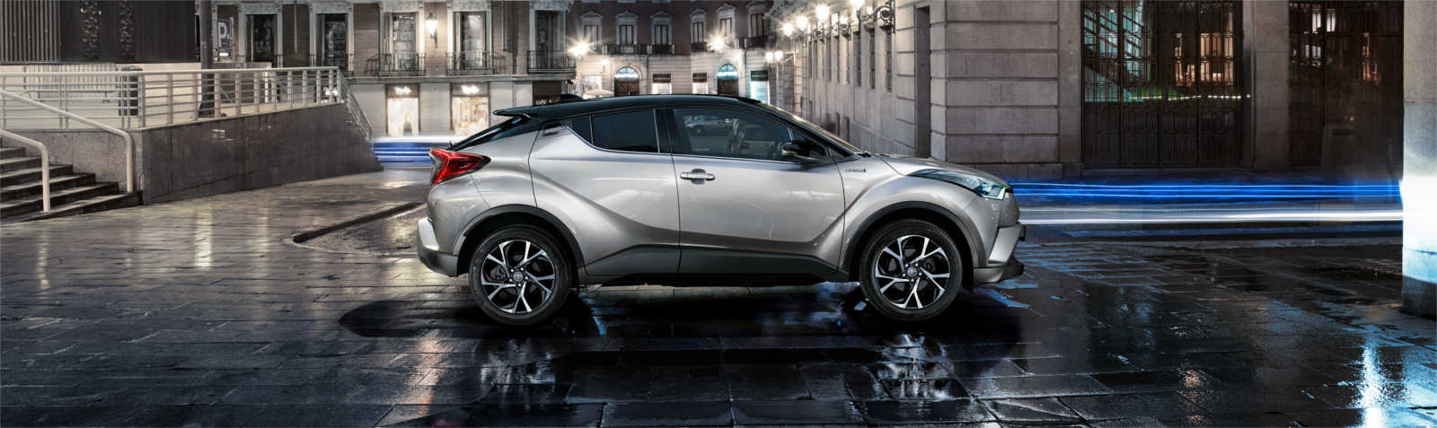toyota chr lateral