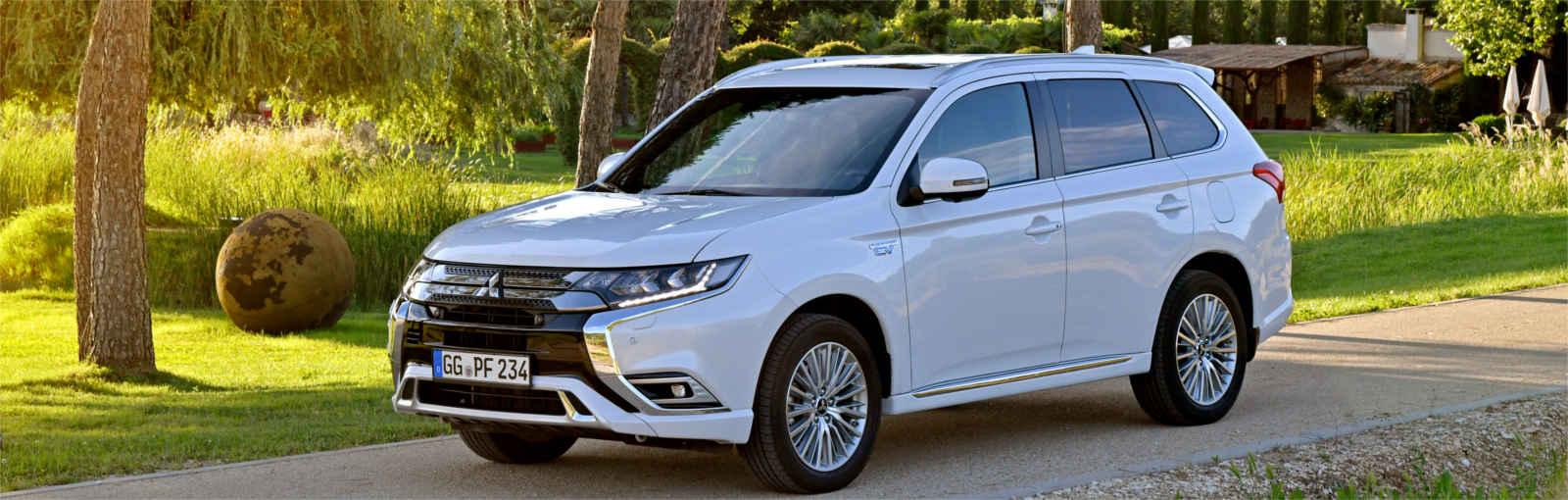 Mitsubishi Outlander blanco