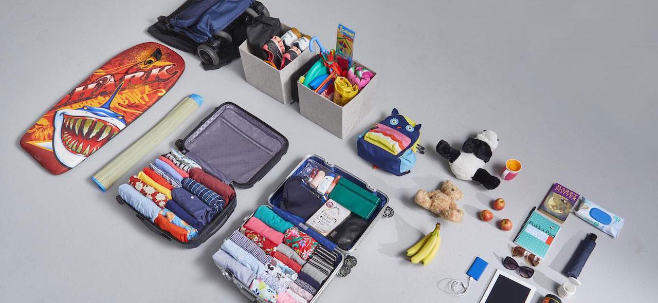 Todo preparado para organizar el maletero para salir de vacaciones