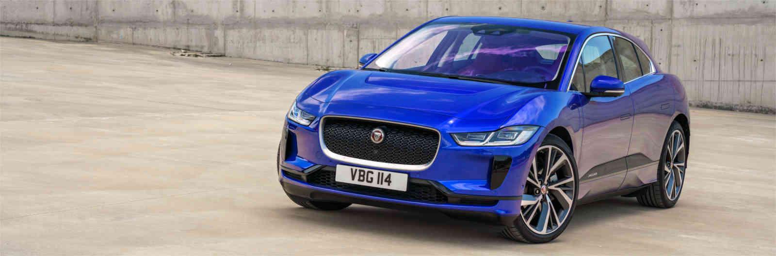 jaguar f pace azul