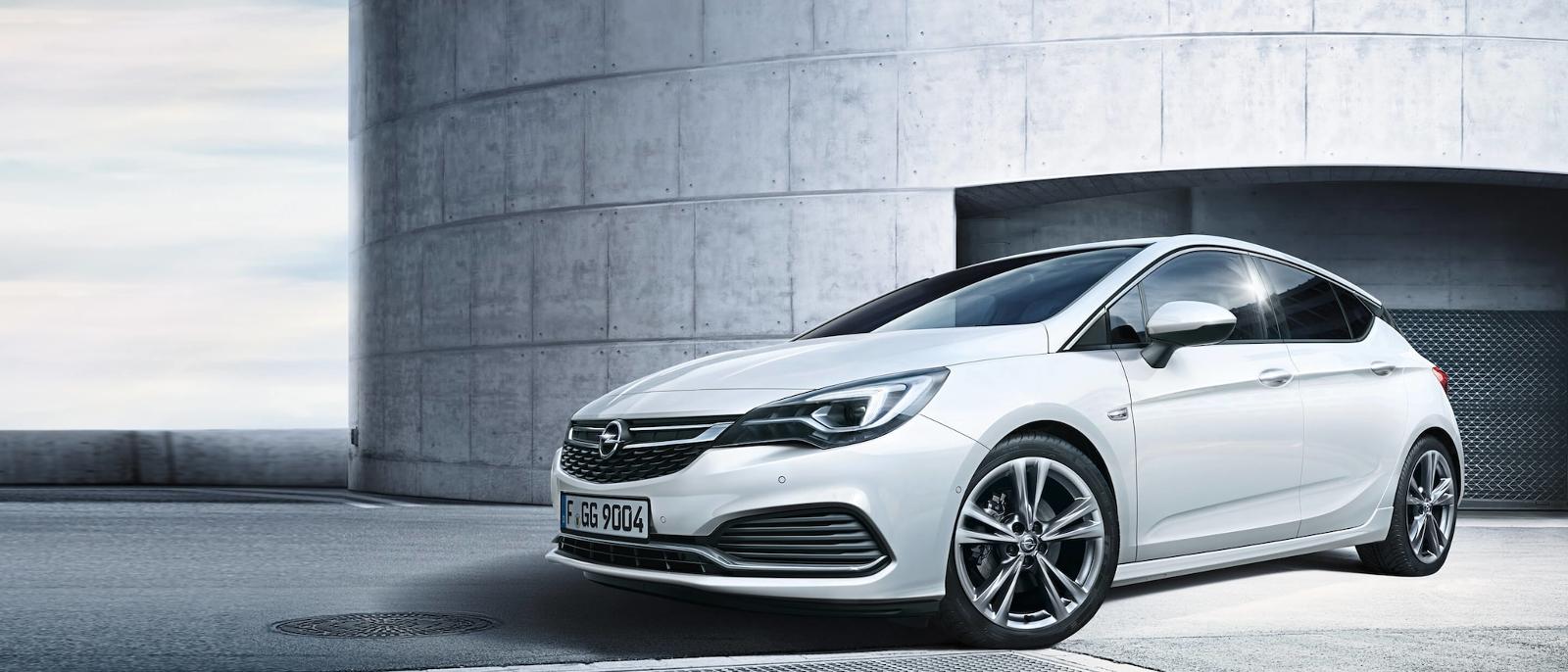Opel Astra blanco