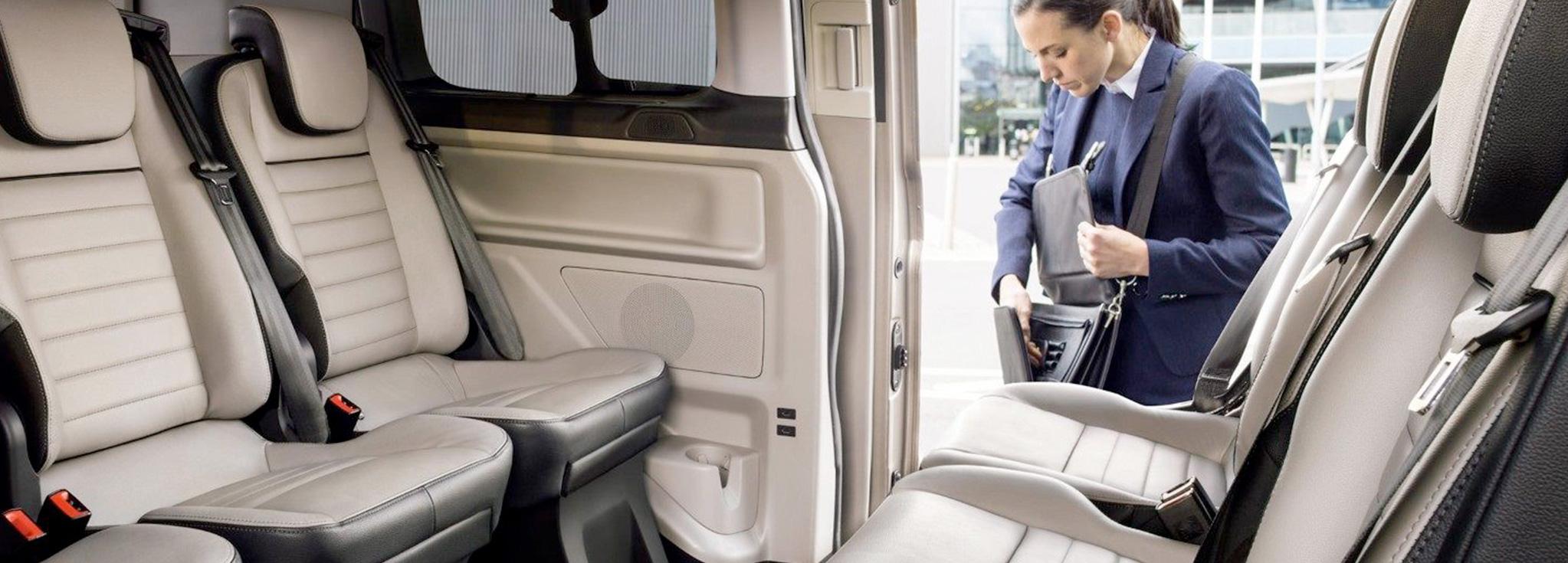 interior del Ford Tourneo Custom