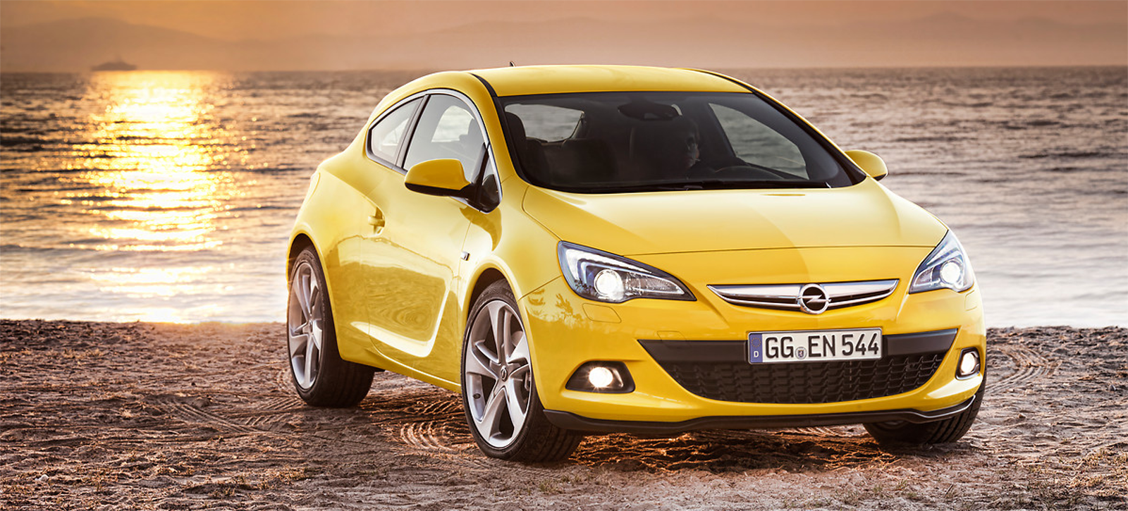 Lateral opel gtc