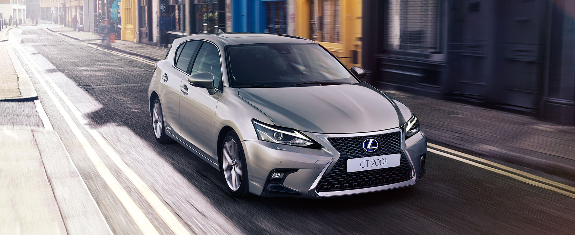 lateral lexus ct200h