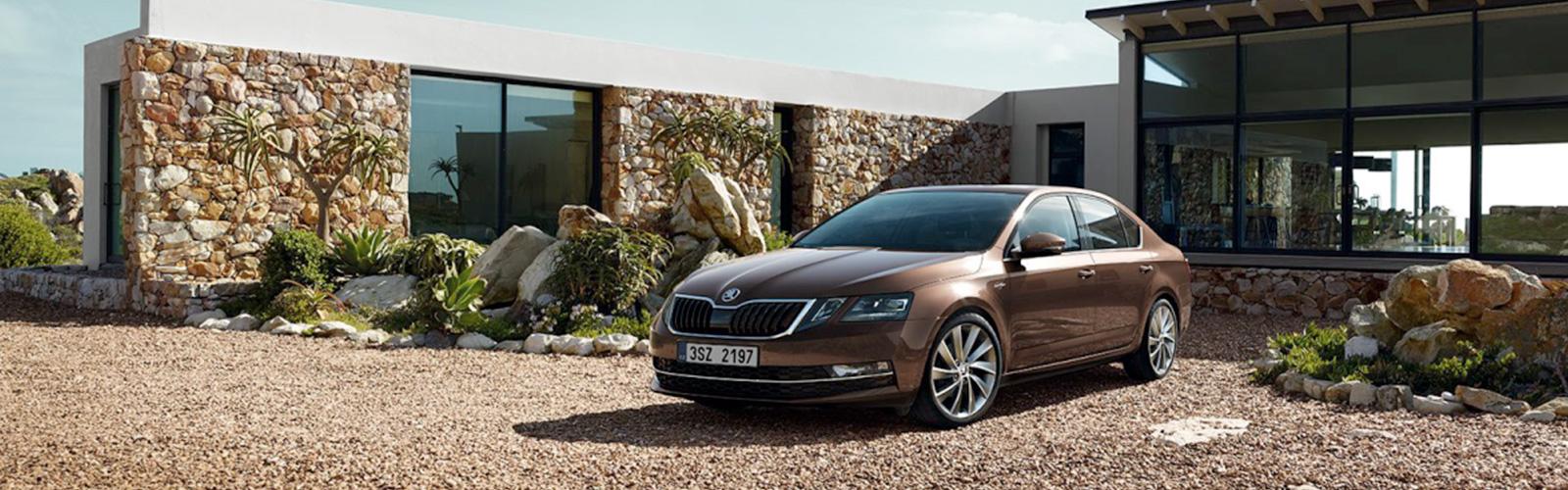 Conducción dinámica y confortable, especialmente en las curvas.