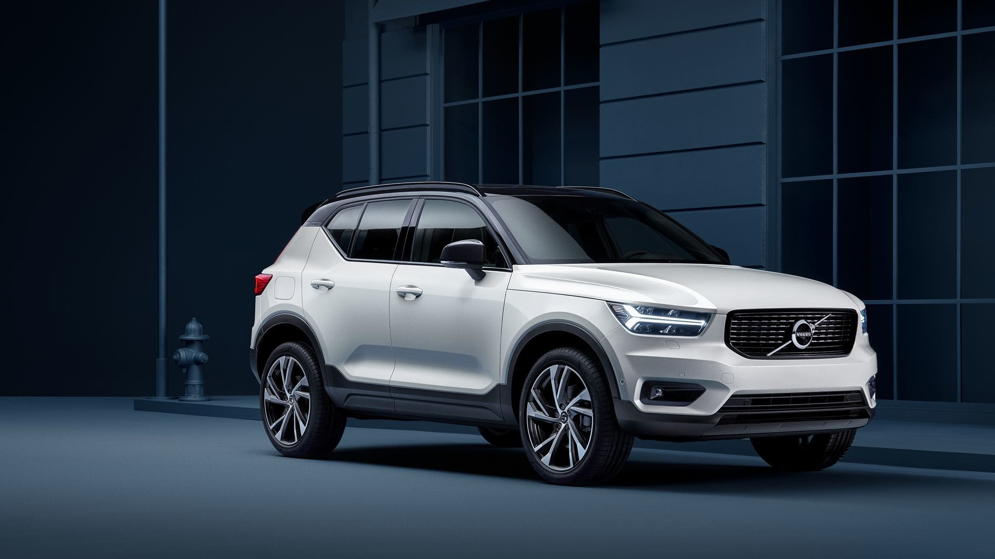 Lateral volvo xc40