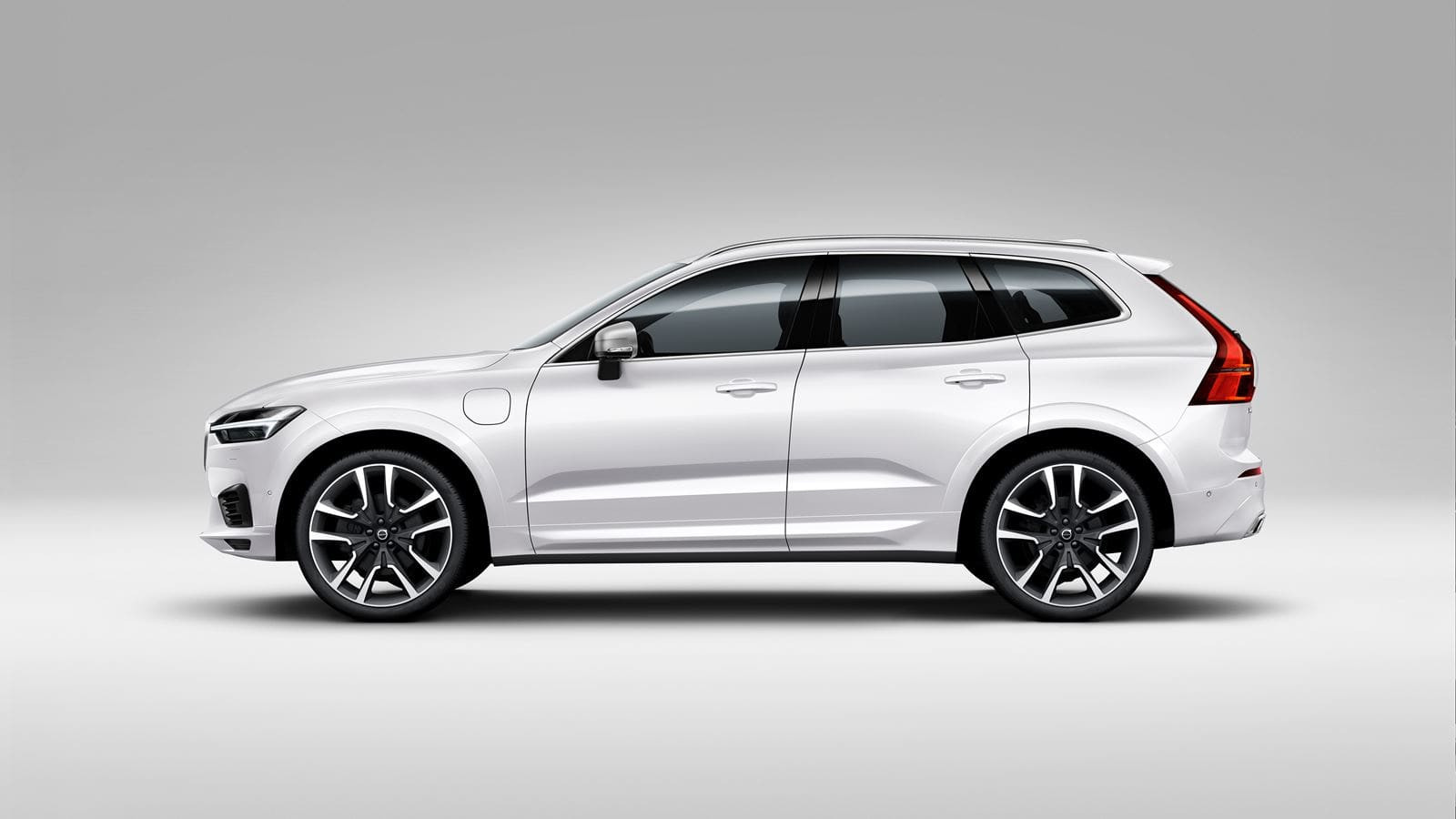 Lateral Volvo XC60