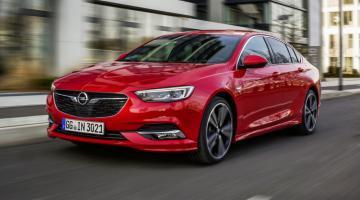 Opel Insignia Grand Sport rojo