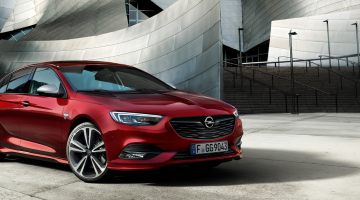 Opel Insignia Sports Tourer rojo