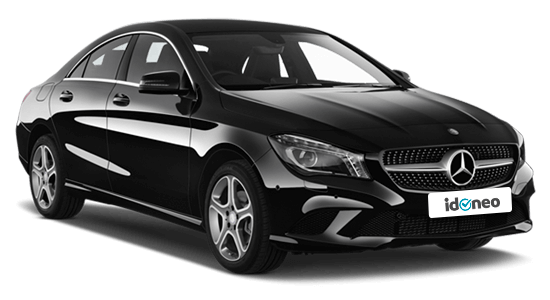 Mercedes Benz CLA Coupé negro